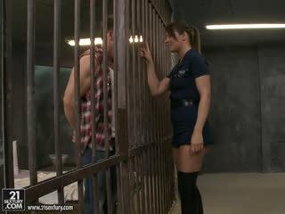 Hairy Police officer taken up the ass by prisoner