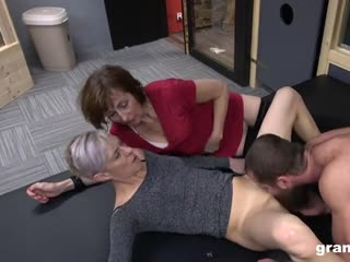 Horny grannies threesome